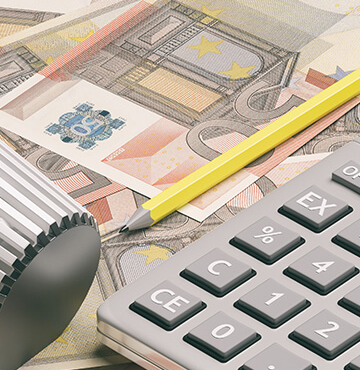 Radiator thermostat, heating temperature adjustment on euro banknotes